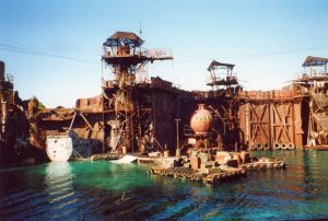 waterworld-set-curiosity-movie