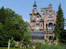 miss peregrine - la casa dei ragazzi speciali Torenhof Castle- curiosity movie