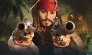 Pirati dei caraibi La maledizione del forziere fantasma johnny depp curiosity movie